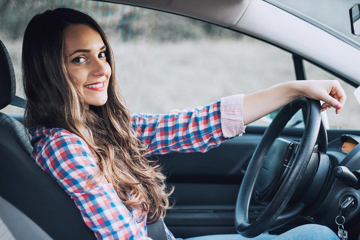 Уроки вождения на механике для начинающих с нуля видео